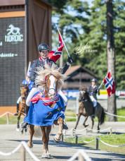 En glad mästarinna!  Foto: Sofie Lahtinen Carlsson