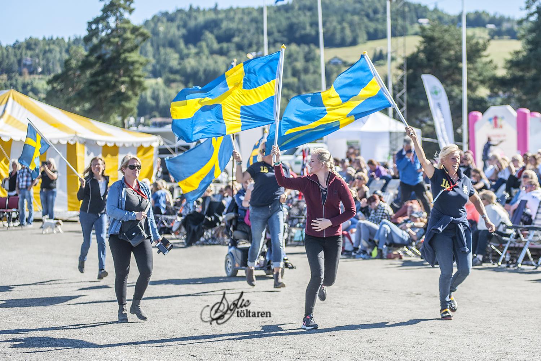 The Swedish hejarklack! De blir bara fler och fler! Foto: Sofie Lahtinen Carlsson