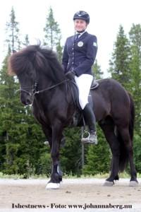 Och Annie Ivarsdottir på Prins från Wreta tog YR-Guldet med 6.75.