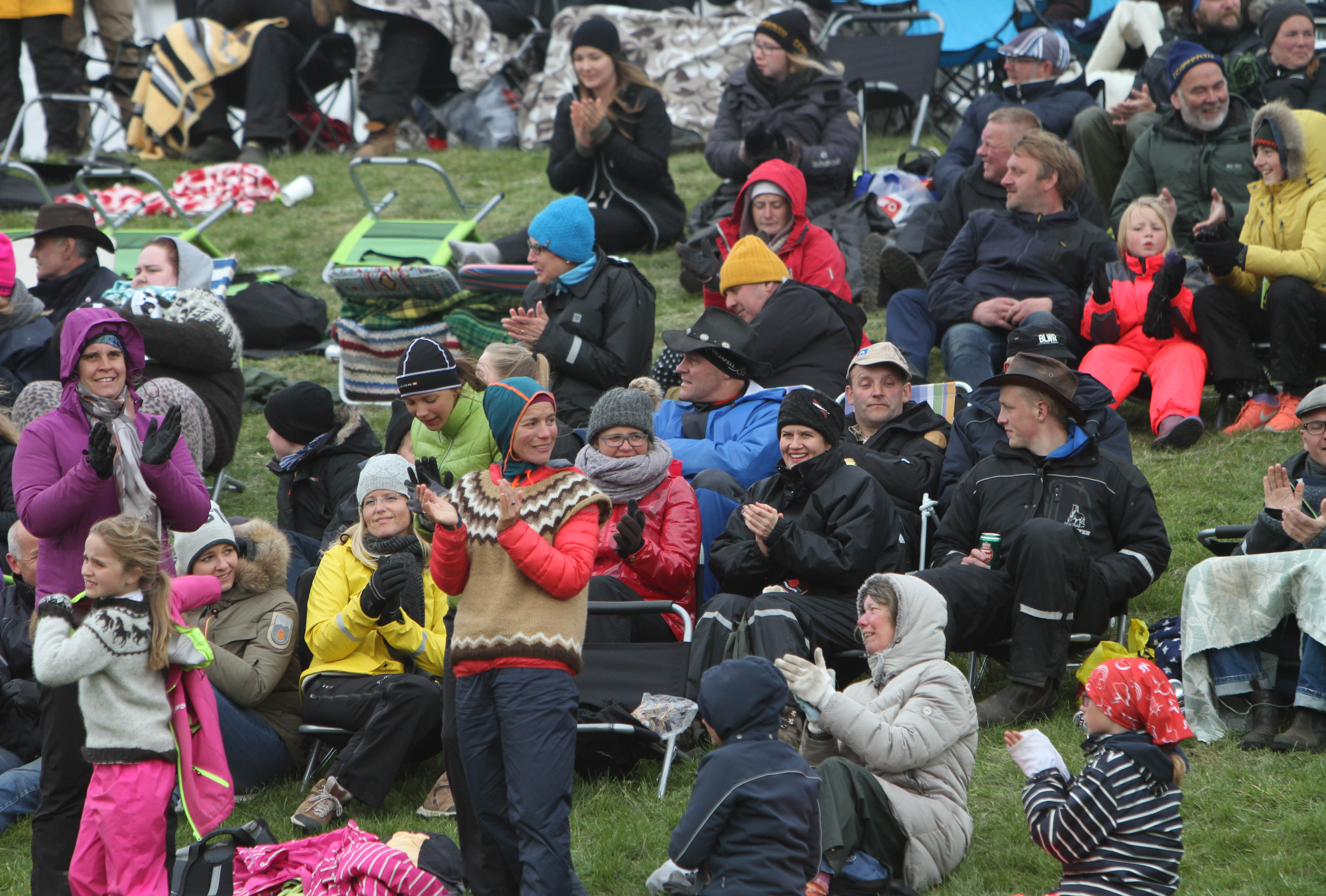 Kunnig och entusiastisk publik. Foto: Karin Cederman/Ishestnews.se