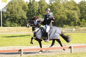 Vígnir hade en bra helg men det är egentligen hästarna som tävlar. Här med Svenska Mästaren i B-flokk: Berserkur frá Stykkisholmi Foto: Malin Wengdahl/wengdahl.se