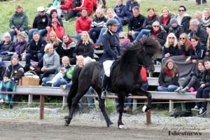 Anna Stenbeck på Orri från Mörtö, i ledning i T1 med 7.27. Foto: Johanna Berg