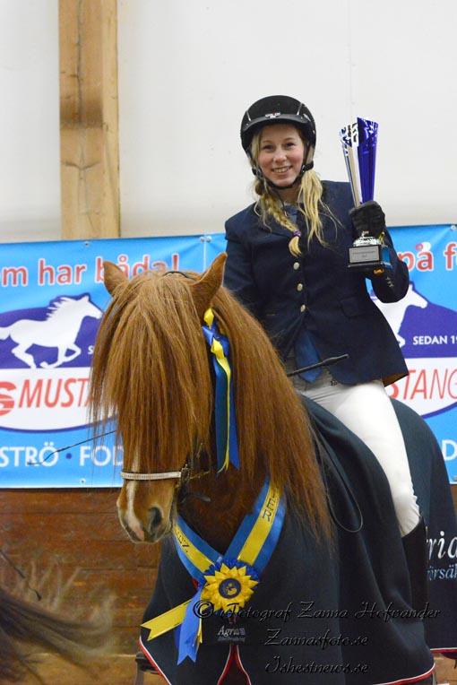 Johanna Berg på sin Kyndill Foto: Zanna Hofvander