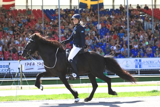 Josefin och Thór frá Kaldbak. Foto: Ishestnews.se
