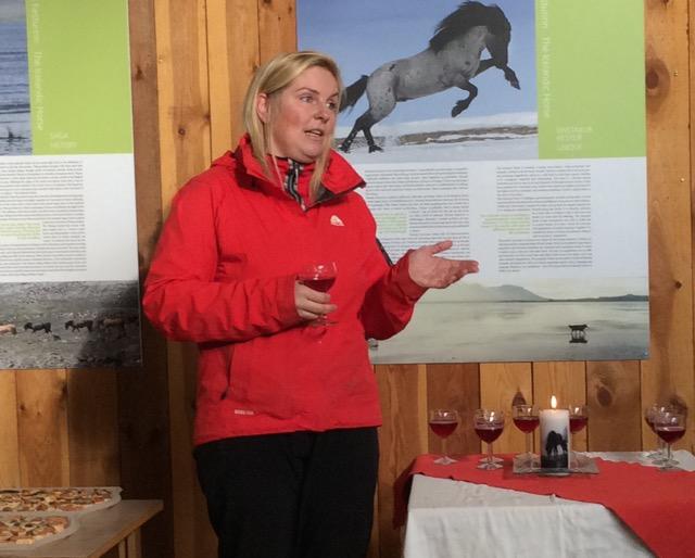 Katrin medverkar vid planeringen av resans program och har kontakt med gårdarna på Island. Foto: Änges Kristina Lundén