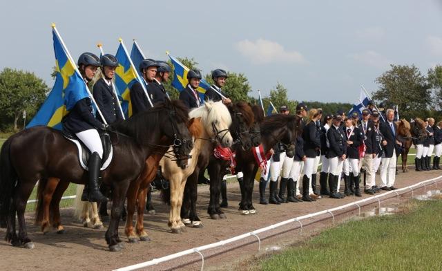 Det svenska laget Foto: Yvonne Benzian/ishestnews.se