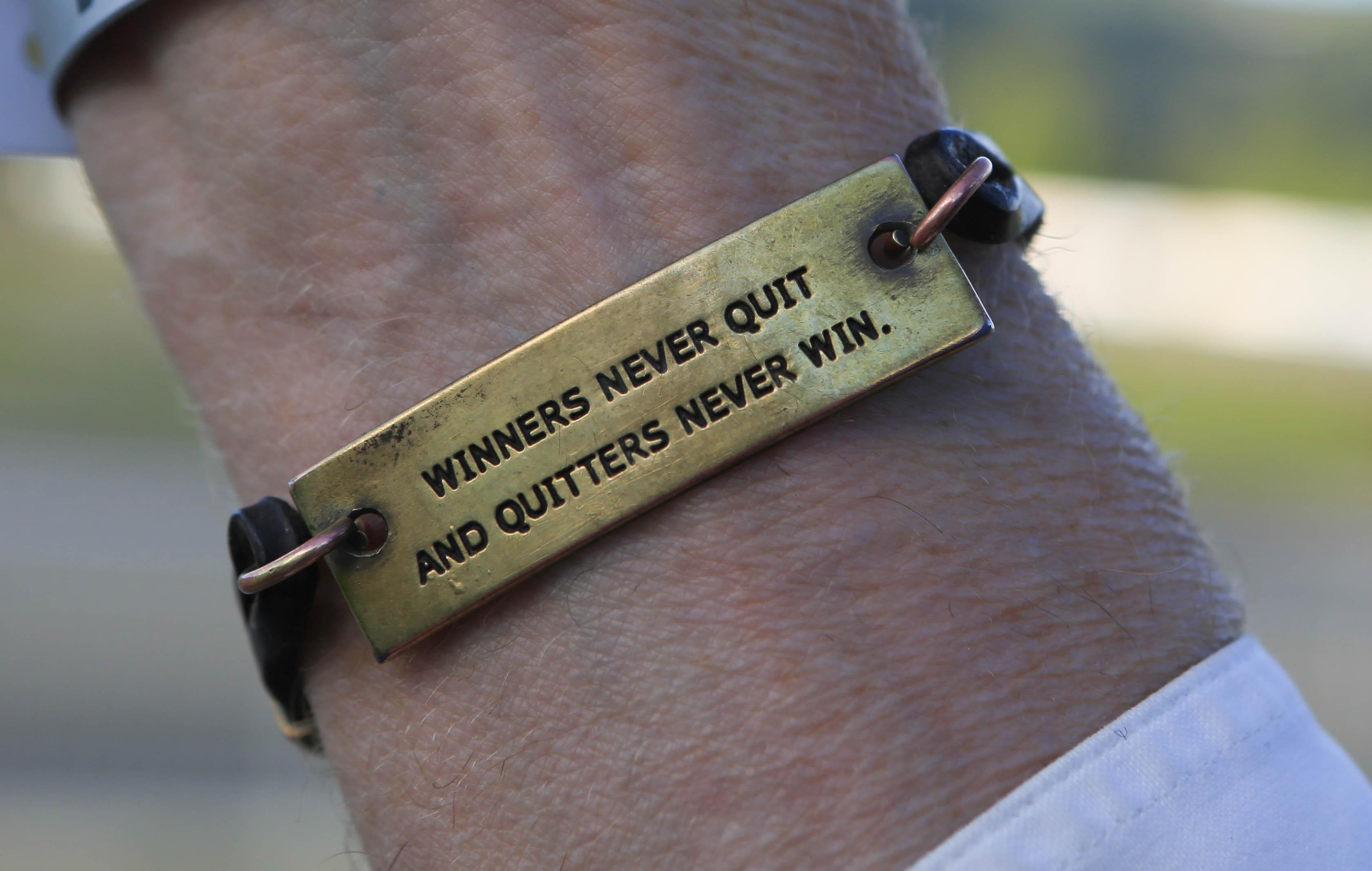 Armbandet som gjorde att Thorvaldur blev peppad att tävla mer Foto: Yvonne Benzian/ishestnews.se
