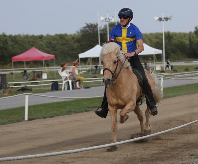 In på fjärde plats! Thorvaldyr och Thyrnir. Foto: Yvonne Benzian/ishestnews.se