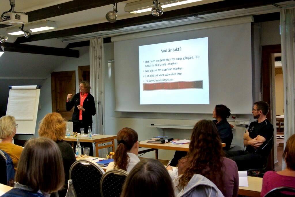 Lena Lennartsson håller föredrag Foto: Herdís Reynisdóttir