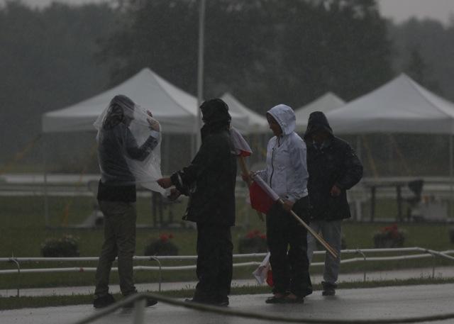 För nog regnade det! Foto: Anette Alsterå/ishestnews.se
