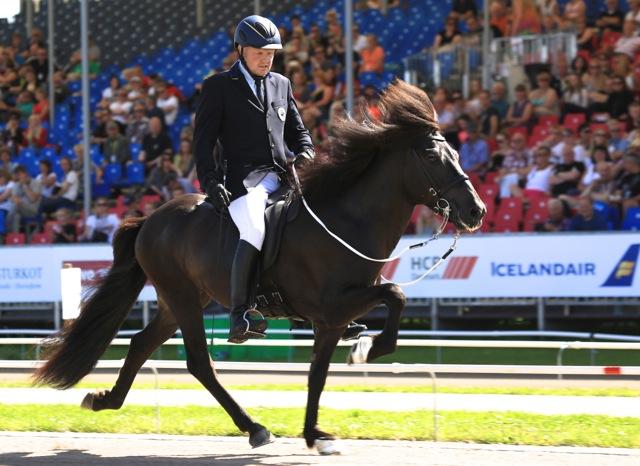 Vignir och Ivan är i A-final! Foto: Ishestnews.se